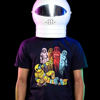 THREADLESS-MADNESS-TEE