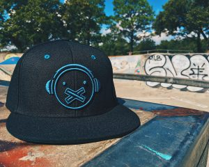 ls_blackteal_hat